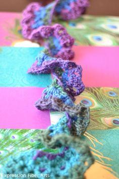 A ruffly, fluffly, spiral crochet scarf pattern. oh yeah!