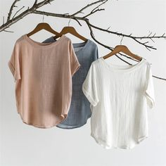 Women's short-sleeved shirt cotton and linen round neck tops. Women's short-sleeved shirt cotton and linen round neck tops. Women's Dresses, Foto Fashion, Clothing Photography, Blouse Styles, Casual Tops, Casual Shirt, Short Sleeve Blouse, Long Sleeve, Types Of Sleeves