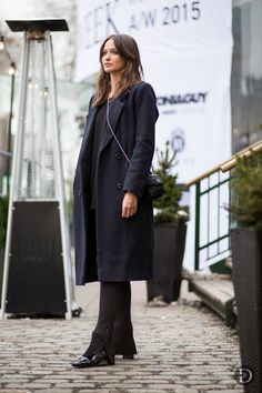 black & navy with a knitted leg. Columbine looking fab in Stockholm. #ColumbineSmille