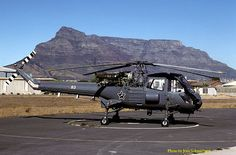 Westland Wasp at South African Air force Base Ysterplaat. Luxury Helicopter, Military Helicopter, Military Jets, Military Aircraft, South African Air Force, F14 Tomcat, Jet Air, Private Jet, Luftwaffe