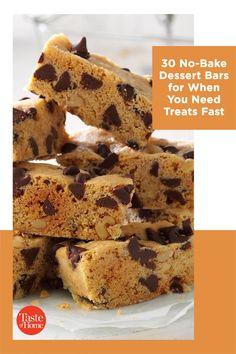 No oven? No problem. Try our no-bake bar recipes. Layered Desserts, Summer Desserts, No Bake Desserts, Popcorn Recipes, Bar Recipes, Dessert Recipes, Rice Crispy Bars, Peanut Butter Oatmeal Bars, No Bake Bars