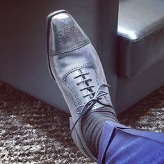 Love the new blue! @edwardgreen1890 #litchfield #midnightcalf @doublemonk #bespoke #shoes #bestofbritish #birthdaypressy #edwardgreen (at Double Monk)