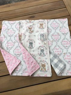 Excited to share this item from my shop: Baby Burp cloth set of 3 / flannel burp rags / baby shower gift / woodland animals pink and gray Burp Cloth Set, Baby Burp Cloths, Baby Bibs, Baby Girl Gifts, New Baby Gifts, Arrow Baby Shower, Fleece Baby Blankets, Burp Rags, Baby Quilt Patterns