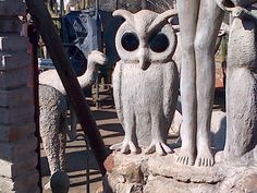Helen Martins' Owl House in Nieu Bethesda, South Africa Cement, Concrete, Martin S, Art Brut, Owl House, Owl Art, Outsider Art, Fantasy World, Naive