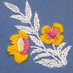 Hand Embroidery Flower Designs, Floral Embroidery Patterns, Hand Embroidery Videos, Embroidery Stitches Tutorial, Embroidery Flowers Pattern, Creative Embroidery, Silk Ribbon Embroidery, Embroidery Techniques, Embroidered Flowers