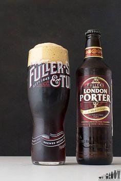 I Like Beer, Dark Beer, Alcohol Bottles, Beer Brewery, Beer Brands, Beer Packaging, Beer Recipes, Best Beer, Home Brewing