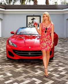 Sexy Cars, Hot Cars, Top Luxury Cars, Car Poses, Cycling Girls, Fancy Cars, Ferrari Car, Great Legs, Car Girls