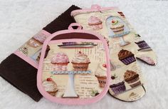 Cupcake Pot Holder, Oven Mitt and Towel. Glass Beads Hand-Sewn onto Decorative Cupcake Fabric. Cupcake Theme. Cupcake Lover. by LasmasCreations on Etsy
