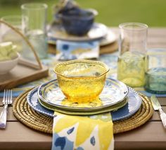 Cabo Melamine Dinnerware Set of 4 - Blue   Pottery Barn & Cabo Melamine Dinnerware Set of 4 - Red   Pottery Barn   SO LOVE ...