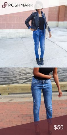 Boyfriend jeans Worn a couple times. No flaws. My favorite pair but it's time to let them go. Can fold the bottom or wear unfolded. Super cute with denim on denim or even a boyfriend shirt wrapped around waist. H&M Jeans Boyfriend