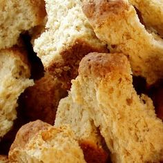 Buttermilk Ouma Rusks Recipe I'm going to miss these so much when I leave SA! Buttermilk Rusks, Buttermilk Recipes, South African Dishes, South African Recipes, Africa Recipes, Kos, Rusk Recipe, Baking Recipes, Dessert Recipes