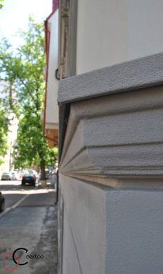 Brau Decorativ din Polistiren pe Fatada Casei Window Design, Windows, Window