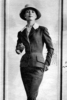 1955 - jacques fath love love the shape!