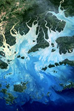Fractal River Networks in the Mergui Archipelago in Myanmar | (Source: earthobservatory.nasa.gov)
