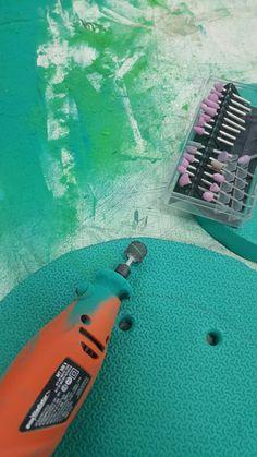 Lijado de placas y contornos de goma eva. Uso de dremel, lijas y lijadoras