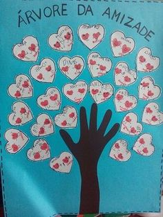 Risultati immagini per dia dos namorados creche Mothers Day Crafts, Valentine Day Crafts, Valentines, Diy And Crafts, Crafts For Kids, Teacher Boards, Friends Day, School Projects, Activities For Kids