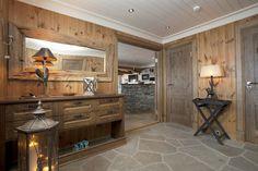 Hall Winter House, Log Homes, Cosy, Cabin, Kitchen, Entryway, Bedrooms, Essentials, Bathroom