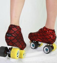 Life's too short to have plain skates. Give your roller derby skates colorful personality with boot covers. Roller Derby Clothes, Roller Derby Skates, Quad Skates, Roller Skating, Skating Rink, Derby Time, Derby Day, Roller Derby Drills, Skates For Sale