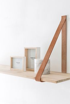 Akton Frame Set of 2