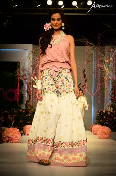 SKirt-like Bell-shaped Pant with a pink top.Karma Joy Collection-PDFC Sunsilk Fashion week 2011