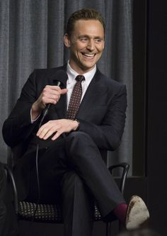 """Tom Hiddleston attends SAG-AFTRA Foundation Conversations for """"The Night Manager"""" at SAG-AFTRA Foundation 12.8.2016 Los Angeles, California From http://tw.weibo.com/torilla/4008396322040392"""