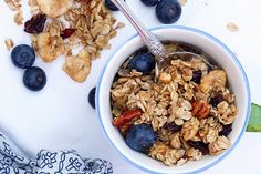 Dried Berry Granola (from honeycomb)