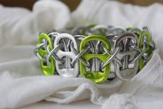 Lime Soda Cap Cuff Bracelet by jonesce on Etsy Soda Can Bracelet, Pop Tab Bracelet, Bracelets, Diy Bracelet, Bracelet Tutorial, Bracelet Making, Pop Tab Crafts, Fun Crafts, Soda Can Tabs
