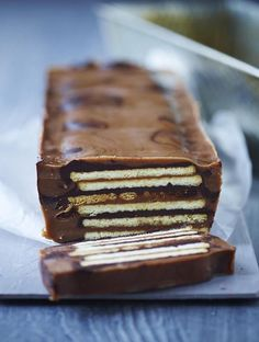 Biscuit with nougat Baking Recipes, Cake Recipes, Dessert Recipes, Yummy Eats, Yummy Food, Danish Food, How To Cook Pork, English Food, Desserts To Make