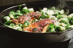 #HEALTHYRECIPE - One-Pan Crispy Chicken Legs & Brussels Sprouts {Gluten-Free & Paleo}