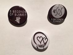 5 Seconds of Summer - Set of 3 Pin Badges