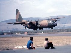 The South African Air Force over the past 100 years – Photos C 130, Fighter Aircraft, Fighter Jets, Avro Shackleton, English Electric Canberra, C130 Hercules, South African Air Force, Boxer, Army Day