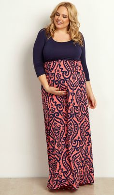 We are obsessing over the damask print this season and there is no better way to rock it in the fall than with this plus size maternity maxi dress. A comfortable and oh-so flattering cinched style and 3/4 sleeve will keep you warm and looking amazing all season long.
