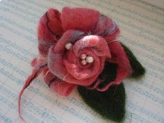 Gallery.ru / Фото #81 - ACCESSORIES III - renew pretty wet felt rose brooch corsage design for christmas gift or birthday or button hole textile art