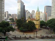 Vista da Galeria do Rock para o Largo do Paissandu, São Paulo, Brasil.