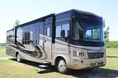 2010 Georgetown 374TS for sale by owner on RV Registry.  http://www.rvregistry.com/used-rv/1010162.htm