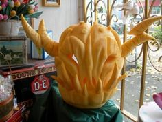 Taking the fall tradition to a whole 'nother level. Carved Pumpkins, Pumpkin Carvings, Pumpkin Art, Fall Halloween, Halloween Costumes, Trick Or Treat, Food Art, Lantern, Treats