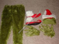 Homemade Grinch Halloween Costume Idea: This Homemade Grinch Halloween Costume Idea was the perfect costume for me! Not only do I love the Grinch Who Stole Christmas, but I love homemade Halloween