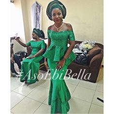 this week I love the aso ebi styles that are on display, they are playful and chic; scroll down to view this aso ebi styles am sure there's something in Nigerian Traditional Wear, African Traditional Wedding Dress, Traditional Styles, African Dresses For Women, African Wear, African Women, Kente Styles, Aso Ebi Styles, Ethnic Fashion