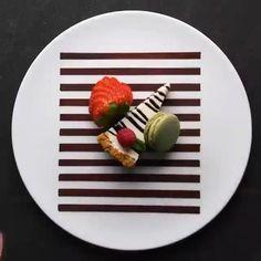 Dessert Design, Food Design, Tasty Videos, Food Videos, Dessert Party, Illustration Dessert, Fancy Food Presentation, Gourmet Food Plating, Food Plating Techniques
