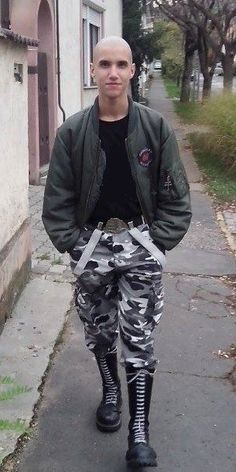 young skinhead in camouflage pants Skinhead Men, Camouflage Pants, Ripped Jeans, Leather Men, Punk, Boots, Sexy, Collection, Fashion