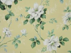 1940s Vintage Wallpaper White Flowers on Yellow Background