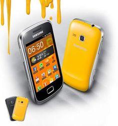 Samsung Galaxy Mini 2 - Tampil Lebih Elegan dari Generasi Galaxy Mini pertama. Back Cover tersedia dalam dua warna, hitam dan kuning.