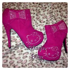 Hello kitty magenta pink. Find me on Etsy and FB at Blingin Blitz