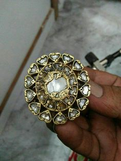 Bridal Jewelry, Gold Jewelry, Jewelery, Antique Rings, Antique Jewelry, Rajputi Jewellery, Jewellery Sketches, India Jewelry, Kundan Set