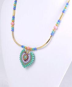 5c0492d9df0b Collar de ala de pájaro elegante chic color turquesa con