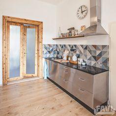 Moderní kuchyně inspirace - Rekonstrukce bytu ve staré zástavbě - Favi.cz