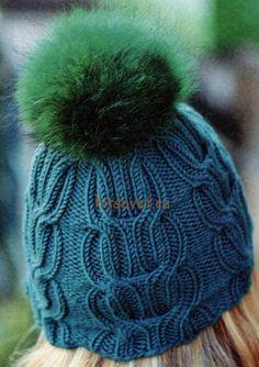 Вязаная шапка с косами и помпоном, фото 2.