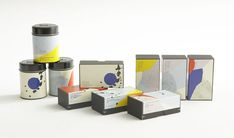 Labels design for Sing Tehus' Japanese Tea assortments designed by All The Way to Paris (ATWTP), a danish-swedish graphic design studio based in Copenhagen.