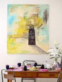 Beautiful painting by Nora Helsinki in the dining room | Laura's home | Photo: Pupulandia
