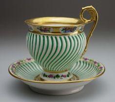 Tea Cup Set, My Cup Of Tea, Tea Cup Saucer, Tea Sets, Vintage Cups, Vintage Tea, Vintage Dishes, Teapots And Cups, Teacups